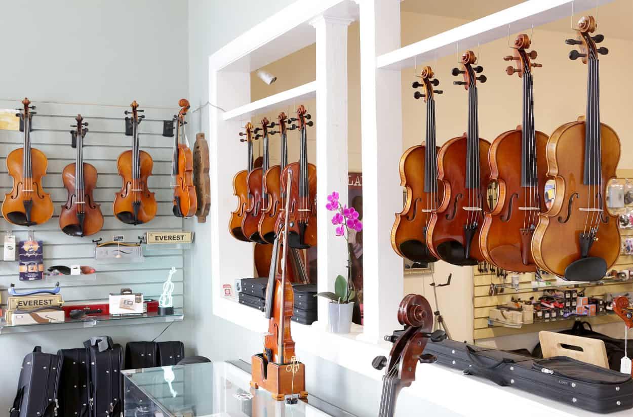 IMGL9218 violins 9