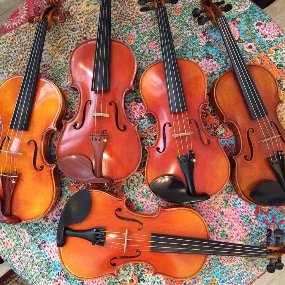 violins-on-circle-thing