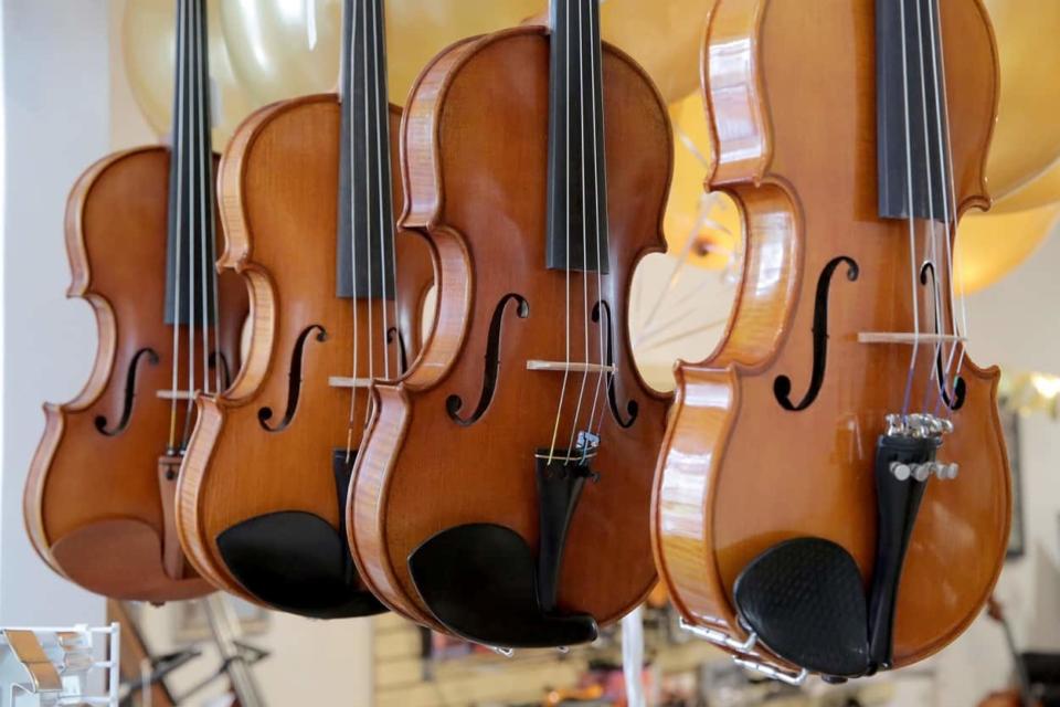 hanging violins
